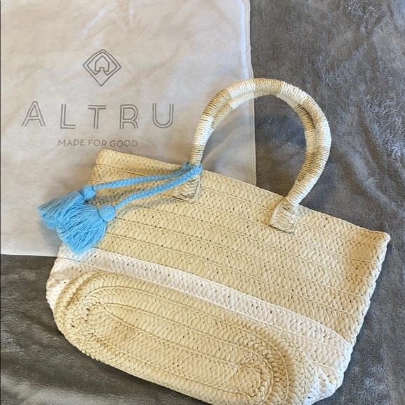 Altru Handbags - Summer beach bag - never used